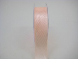 RS25PH 25 MM X 22.5 METRES SATIN RIBBON IN PEACH - IF QUANTITY IS MORE THAN 5 ROLLS PAY ONLY £1.59 A ROLL