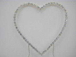 SROO5SL DIAMANTE HEART CAKE TOPPER ON SILVER