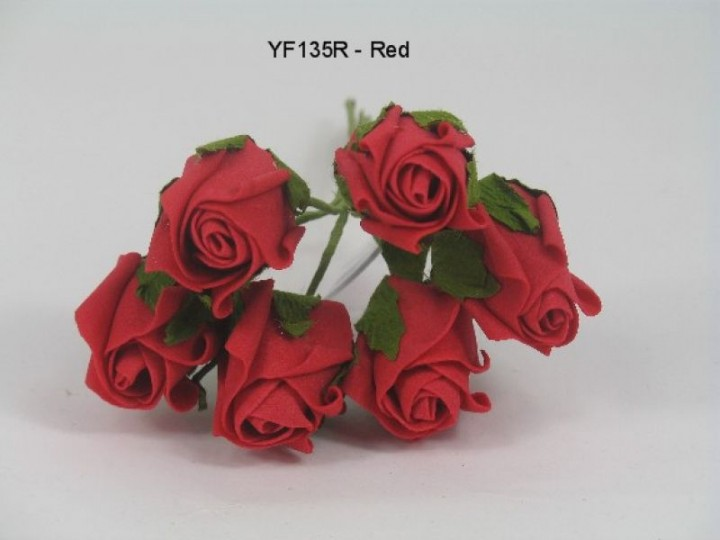 YF135R  JUBILEE ROSEBUD IN RED COLOURFAST FOAM