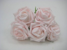 YF111PBPOPEN ROSES IN PRETTY BABY PINK COLOURFAST FOAM- BUY 36 BUNCHES PAY 90P A BUNCH