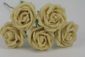 YF112GD   OPEN ROSE IN GOLD COLOURFAST FOAM- BUY 36 BUNCHES PAY ONLY 75P A BUNCH