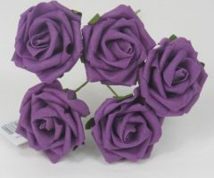YF149PL  5 x 5 CM OPEN ROSE IN PLUM COLOURFAST FOAM- BUY 36 BUNCHES PAY 85P A BUNCH