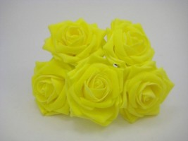 YF159 OPEN ROSE IN LIGHT YELLOW COLOURFAST FOAM